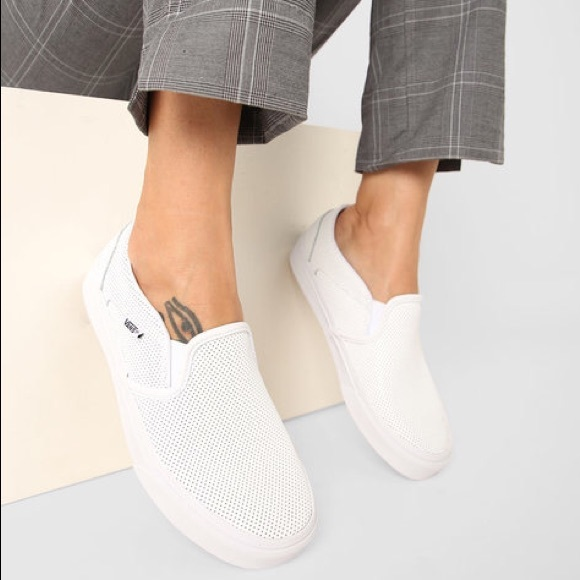 8d78eb8fba4 Vans women Asher Perforated slip on